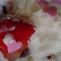 Une recette idéale pour soirée girly... coupe de fraises Chantilly !