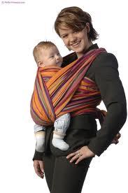 Comment as-tu découvert l écharpe de portage   AURELIE  Une de mes amies  portait sa fille en écharpe, j ai tout de suite trouvé ce système pratique  et ... 4cff4800b99