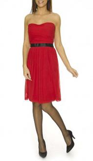 une robe de soir e rouge pour des f tes de fin d 39 ann e flamboyantes so what. Black Bedroom Furniture Sets. Home Design Ideas