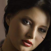 Portrait: Anna Polina