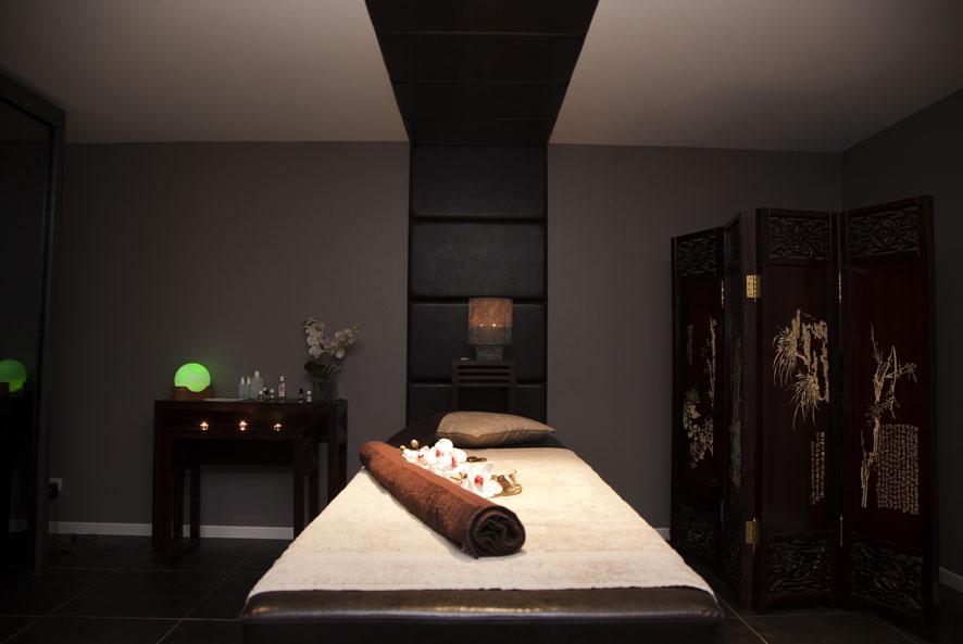 Salle de massage avec sexe