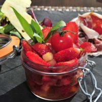 Tartare de fraises Ciflorette et tomates au basilic