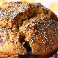 Muffins aux myrtilles, pavot bleu & Milkervé Amande