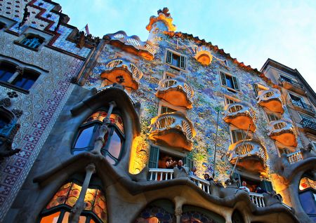 Gaudis_Barcelona_(8202432438) © Christine Zenino