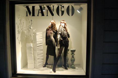 Mango_store_in_Barcelona © Kevin Krejci