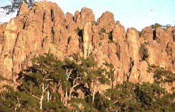 hanging-rock-australie-sardaka
