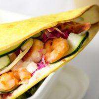 Tacos à la crème, aux épices et aux crevettes