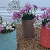 DIY : des vases décorés de laine