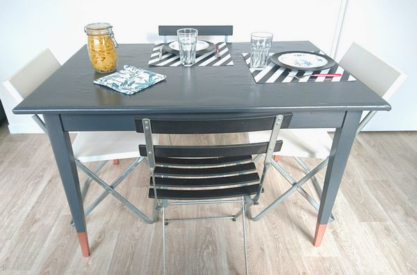 diy customiser une table so what. Black Bedroom Furniture Sets. Home Design Ideas
