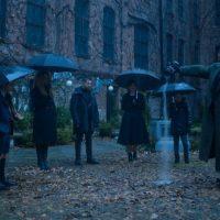Découvrez les 1ères images de la série Netflix Umbrella Academy