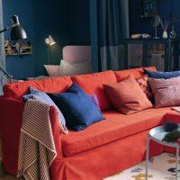 Tendance déco: living coral et bleu dans le salon