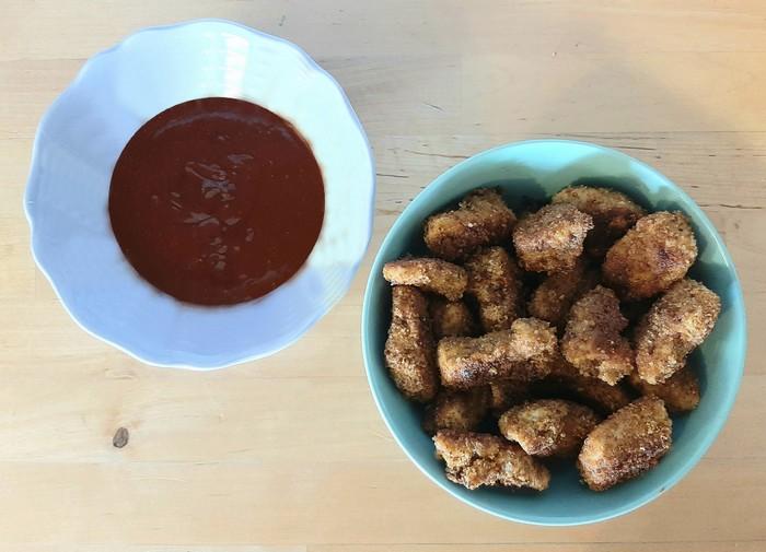 Nuggets de poulet et sauce barbecue maison