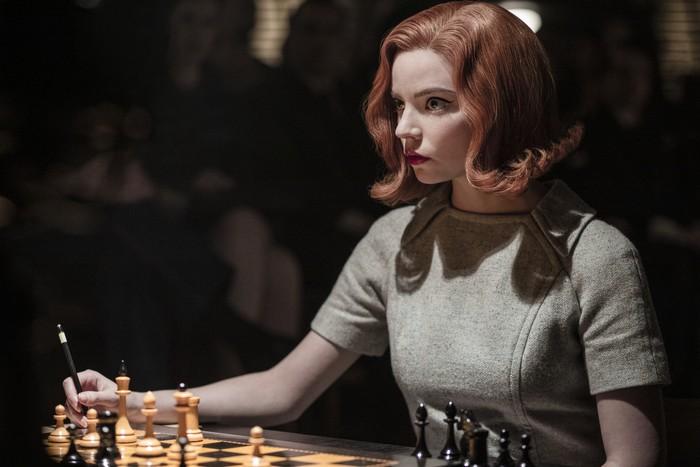 5 bonnes raisons de dévorer Le jeu de la dame sur Netflix