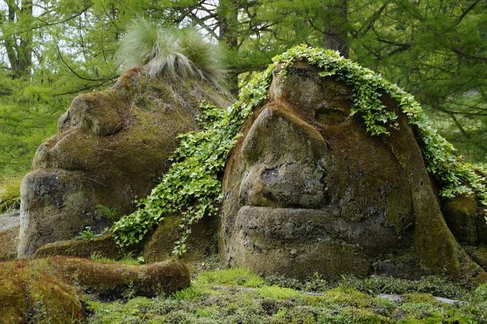 trolls superstitions insolites
